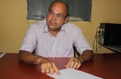 MP investiga prefeito que nomeou filha pra 2 secretarias