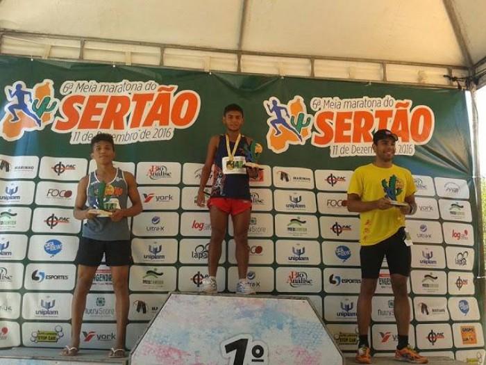 Caxienses se destacam em Meia Maratona em Teresina