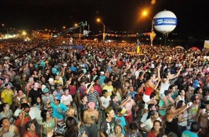 Carnaval de Parnaíba terá atrações em avenida e na praia
