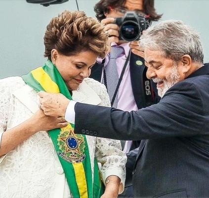 Lula sobe o tom e cobra de Dilma mudanças no governo