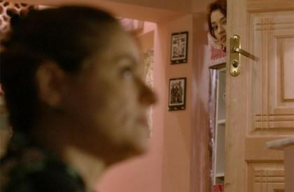 Natasha descobre que Tomás é o verdadeiro pai de Mari