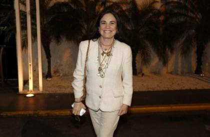 Regina Duarte deixará de ser lésbica em 'Sete Vidas'