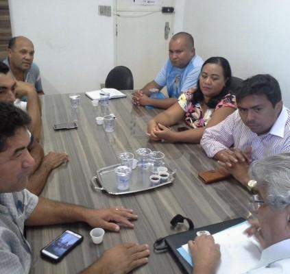 Reunião na FMS debate a construção de...