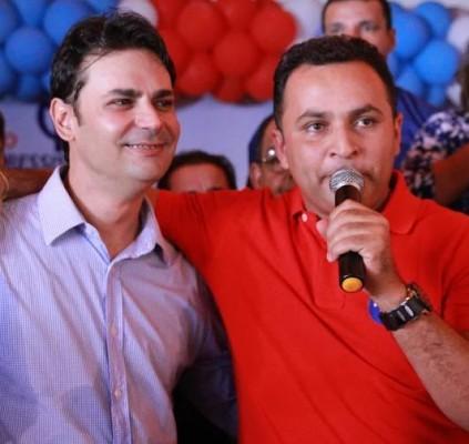 Partidos aclamam Roger Linhares candidato das oposições