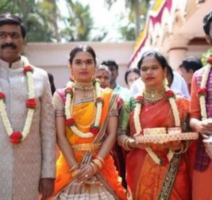 Festa de casamento na Índia é avaliada...