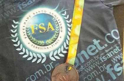 Piauiense Francinaldo Segundo é medalha de bronze no JUBs