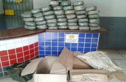 Polícia apreende mais de 50Kg de drogas que iriam...
