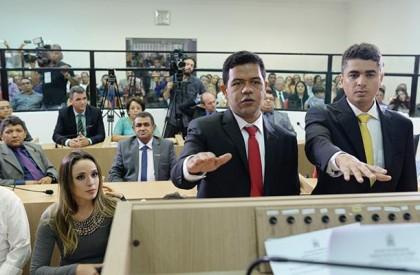 Luciano Leitoa é reconduzido a prefeito de Timon