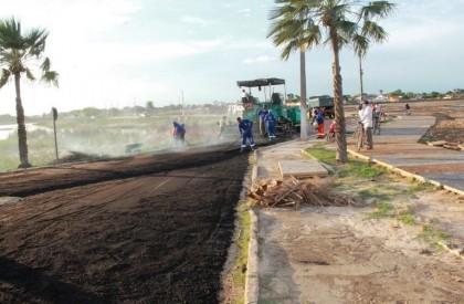 Orla do açude de Campo Maior recebe novo asfalto