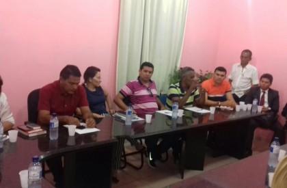 Barras: Carlos Monte reúne secretariado e pede empenho da...
