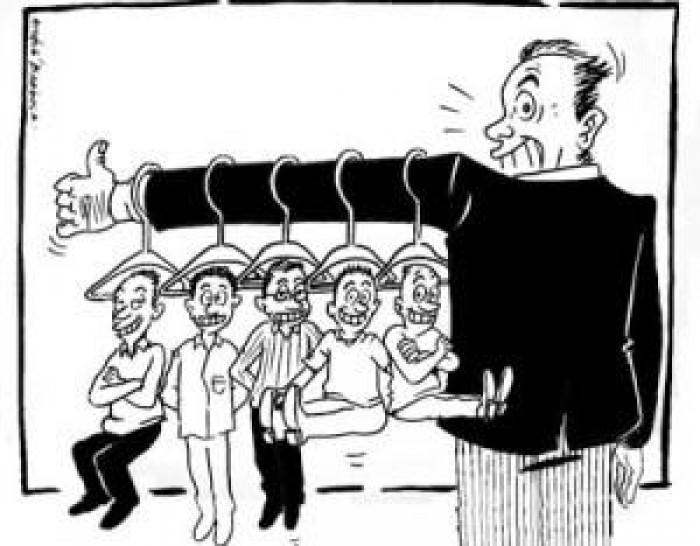 Prefeito estabelece 'cabide à conta-gotas' para oposicionistas
