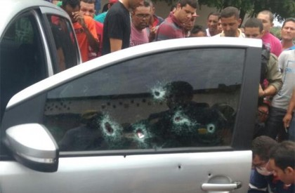 Homem é alvejado a tiros no bairro Catavento em...