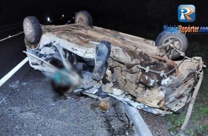 Homem morre após colidir frontalmente com micro-ônibus