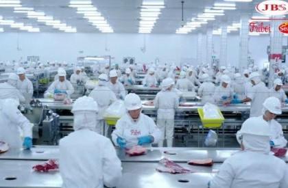 JBS suspende produção de carne por três dias