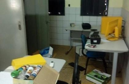 Ladrões arrombam escola e levam uma série de equipamentos