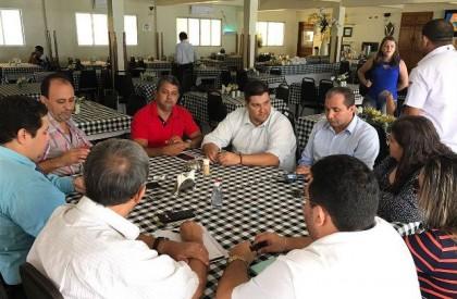 Vereadores da oposição prometem união na Câmara Municipal de...