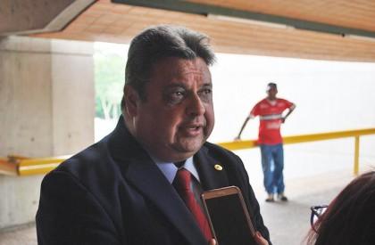 Dias marca reunião com 43 prefeitos do PP
