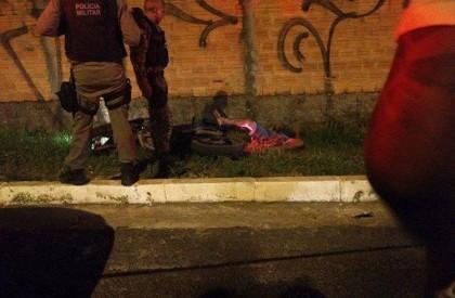 Jovem é morto com quatro tiros na avenida Zequinha Freire