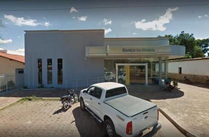 Quadrilha arromba cofre de agência do BB no Piauí