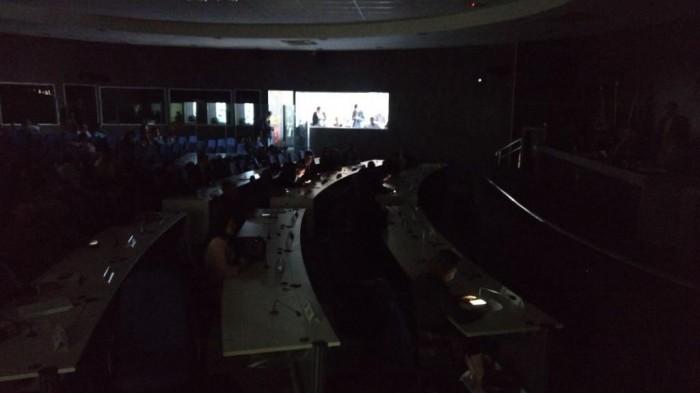 Vereadores de Teresina ficam no escuro durante sessão