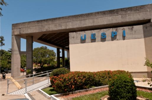 UESPI divulga edital para cursos de língua estrangeira e libras