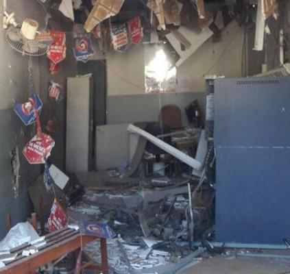 Bandidos explodem Bradesco de Conceição do Canindé