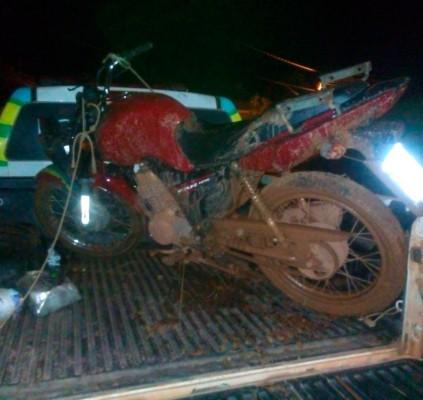 Detento com saída temporária rouba moto e...