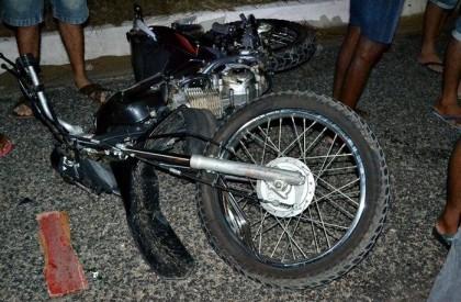 Homem morre após colidir com carro na BR-407 no PI