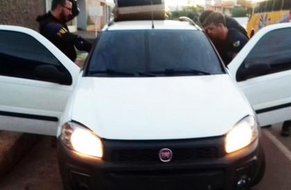 Polícia Rodoviária Federal recupera veículo clonado em Picos
