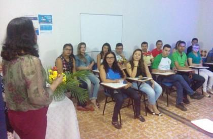 Faculdade promove palestra comemorativa em Pedro II