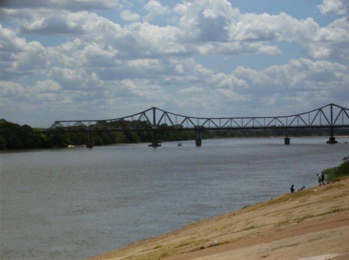 Bombeiros encontram corpo de um dos garotos que estava desaparecido no Rio Parnaíba