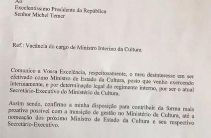 Ministro da Cultura entrega carta de demissão ao Michel...