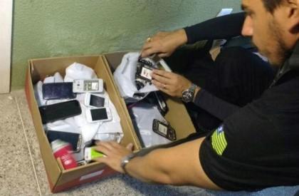 Polícia apreende celulares roubados em lojas de Piripiri