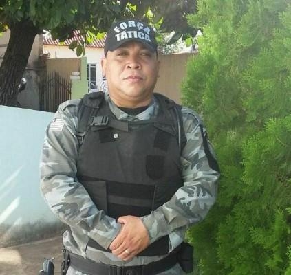 Policial Militar morre após colisão com um...