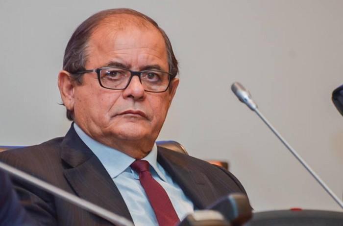 Presidente da Assembléia do Maranhão é internado em Teresina