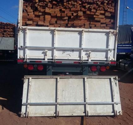 PRF faz duas apreensões de madeira transportada...