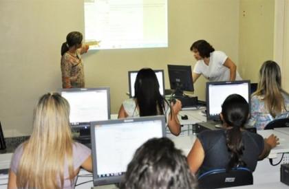 Universidade Aberta do Piauí abre 3 mil vagas em...