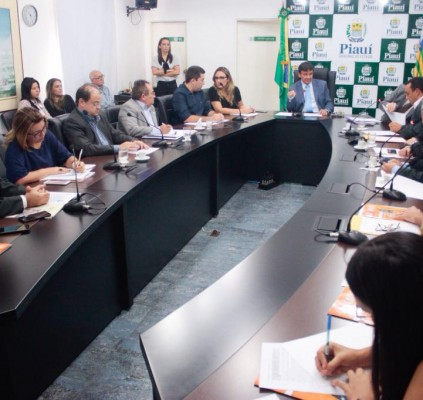 Universidade Aberta do Piauí ofertará 3 mil...