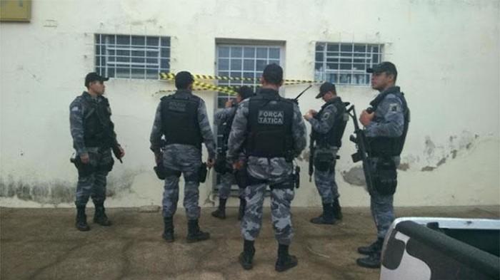 Bandidos arrombam agência dos correios de Bocaina e Canabrava
