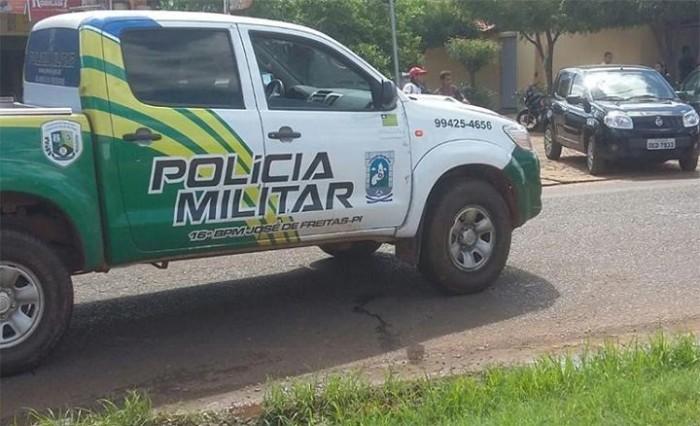 Mulher fratura braço ao fugir de um assalto em José de Freitas