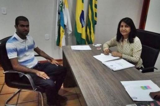 Prefeita de Valença anuncia obras de asfaltamento para a cidade
