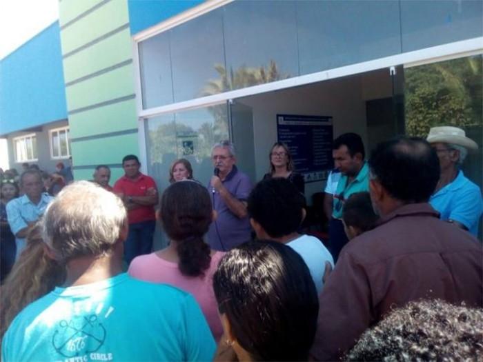 Prefeito de Barras inaugura UBS no assentamento Esperança