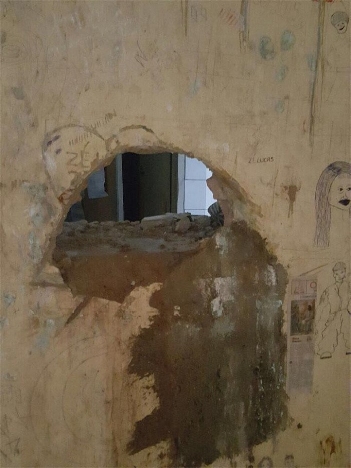Presos cavam buraco e tentam fugir de delegacia em Campo Maior