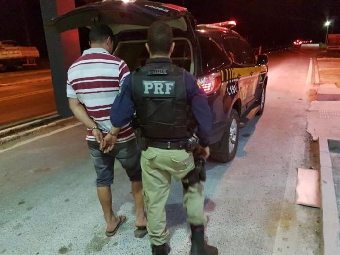 PRF prende dois homens com mandado de prisão em aberto no PI