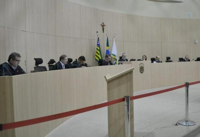 TCE suspende 6 licitações avaliadas em R$ 1,365 milhão