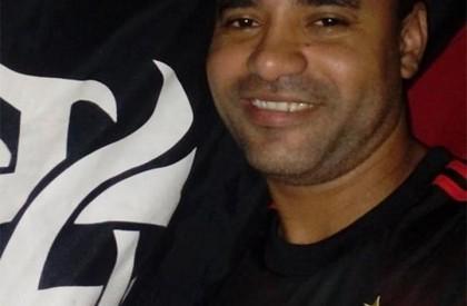THE: Homem é morto a tiros dentro do Comercial Carvalho
