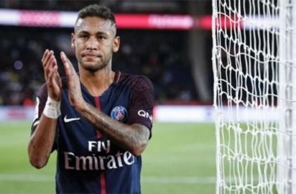 Barcelona processa Neymar e pede indenização pela saída do time