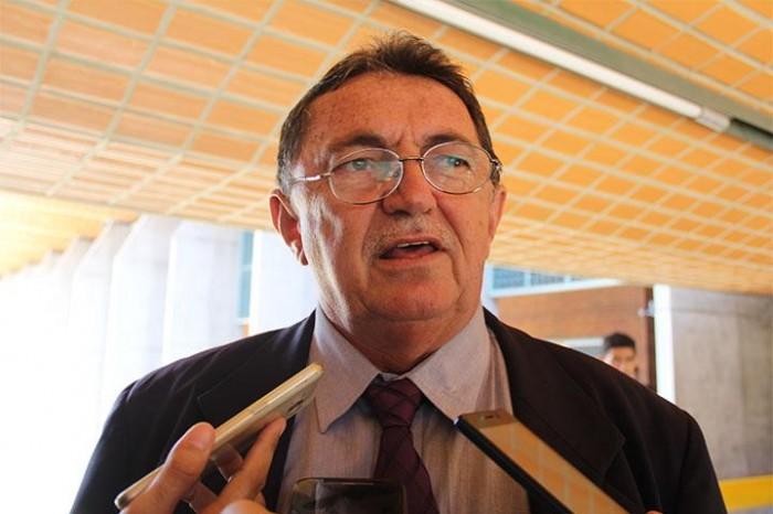 Deputado encaminha ao TCE pedido de auditoria no transporte escolar do PI