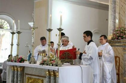 Missa e homenagens marcam comemoração do aniversário de Teresina