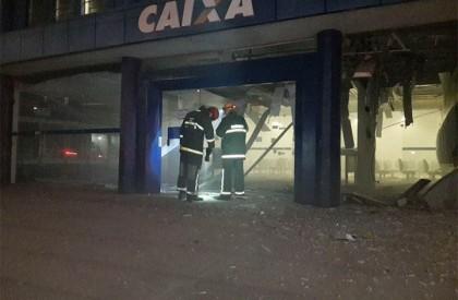 Morador de rua morre durante explosão de banco em...